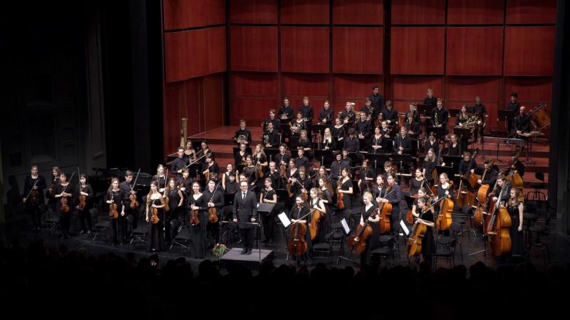 Großes Symphoniekonzert im alten Bad